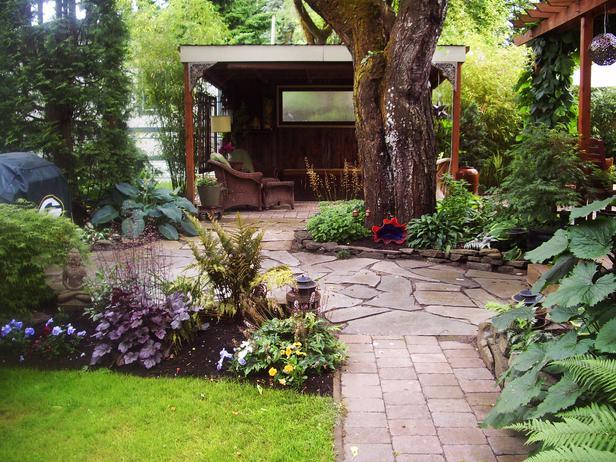 Pond Designs For Small Gardens