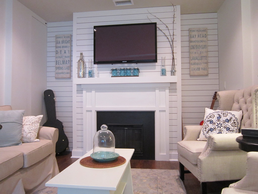 Garage makeover - Turning living room into a bedroom ...