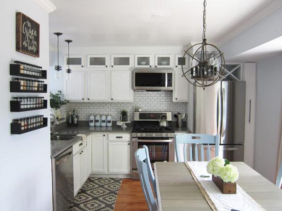 builder-grade-kitchen-gets-a-makoever-2-the-honeycomb-home