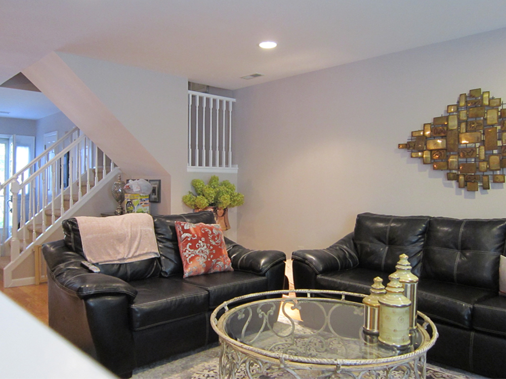 Light and Bright Living Room