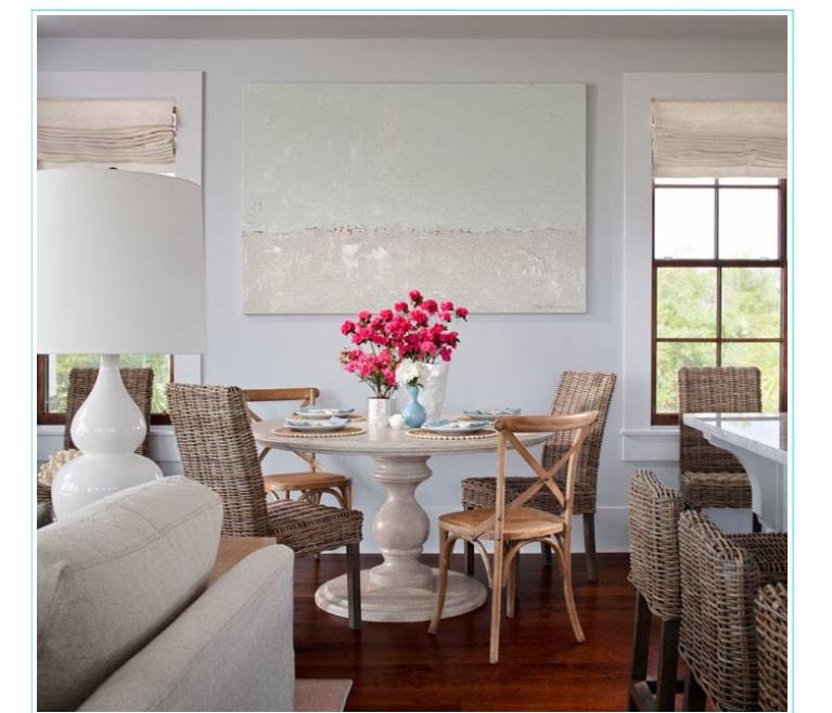 Light & Bright dining area