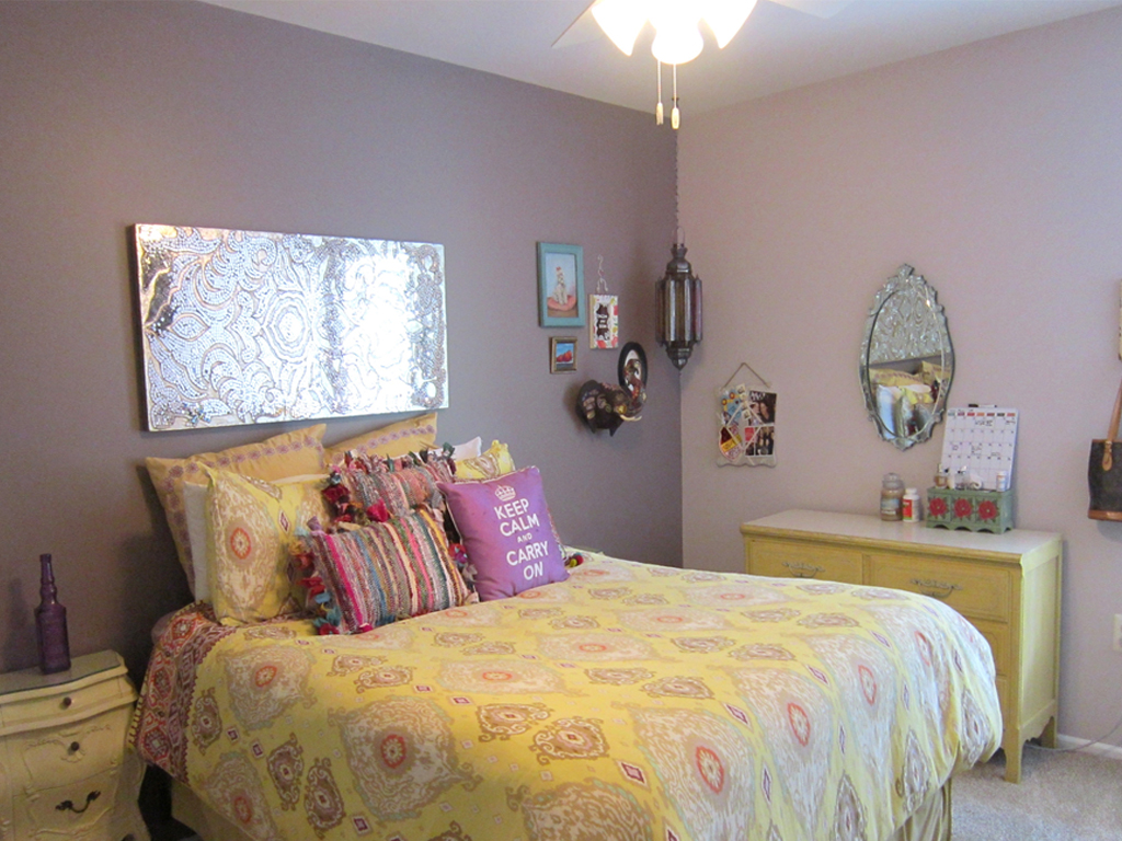 yellow and purple girls room