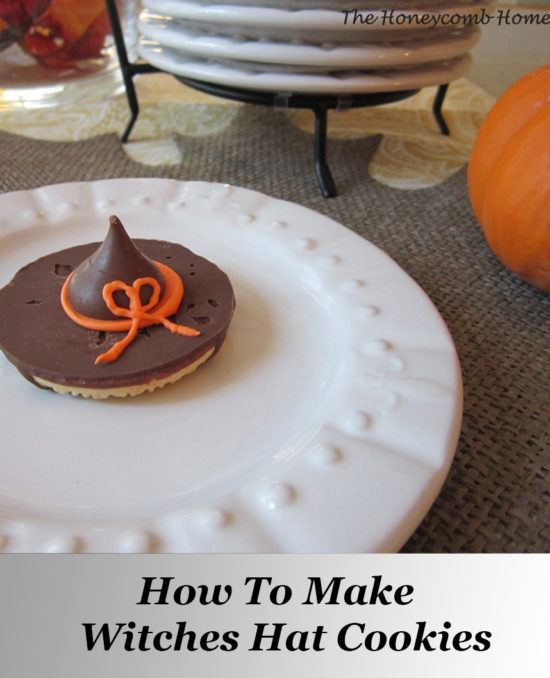 Halloween food ideas and recipe - adorable witches hat cookies!