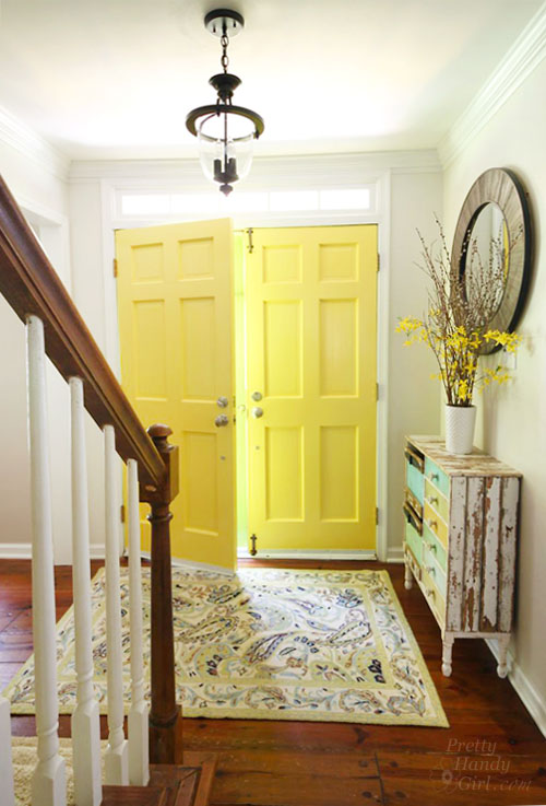 interior-painted-yellow-highlighter-doors-