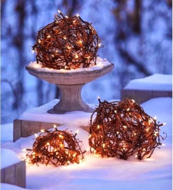 Grapevine lights
