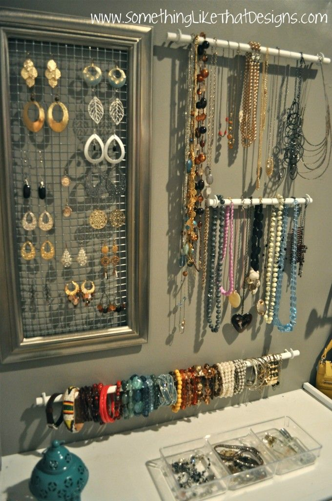 jewelry wall organizing
