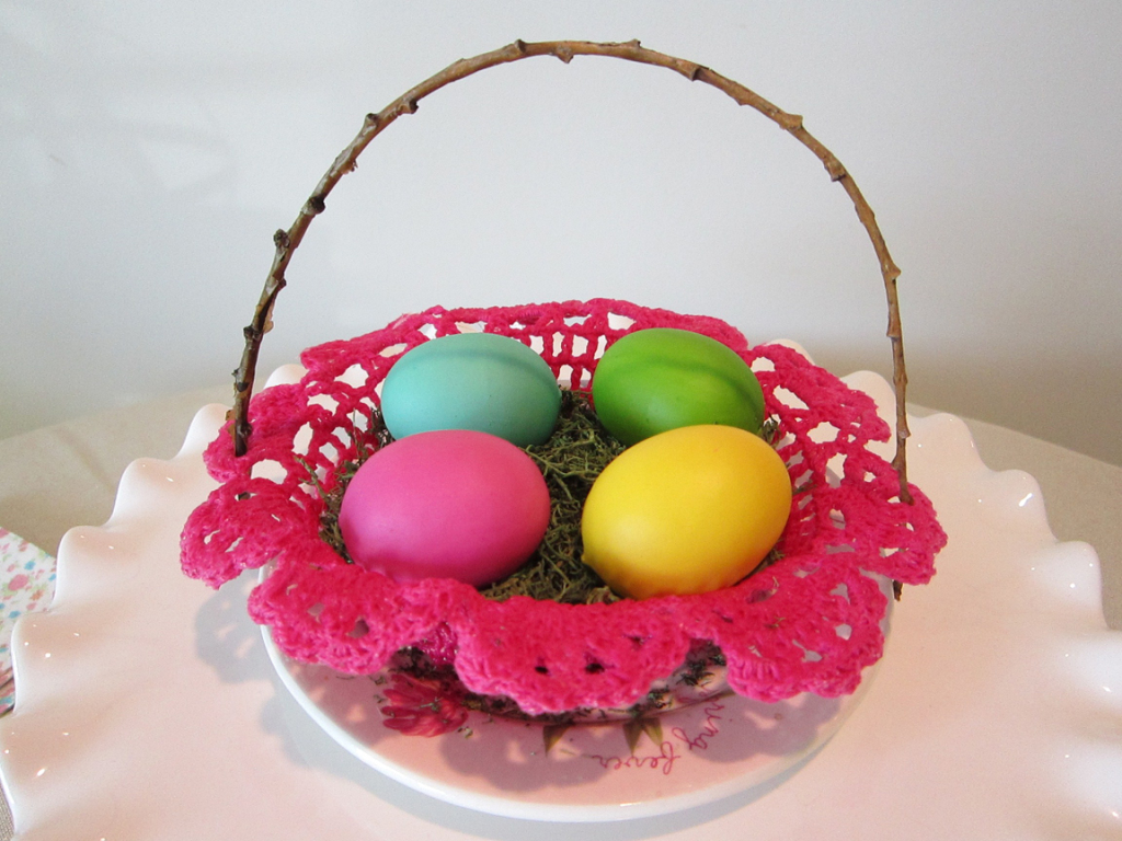 Mini Doily Easter Basket