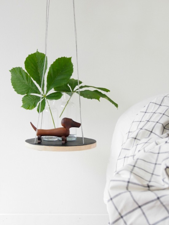 small floating table
