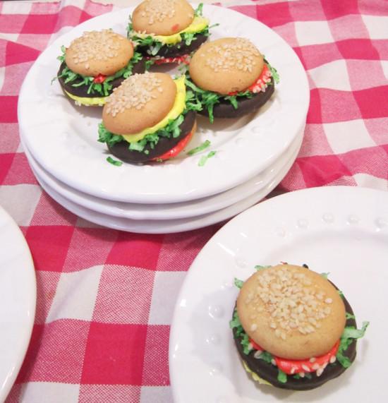 Kids Cheeseburger Cookies