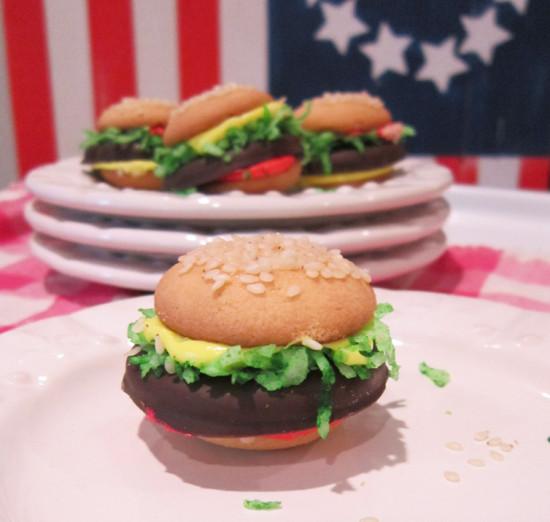 Mini Cheeseburger Cookies