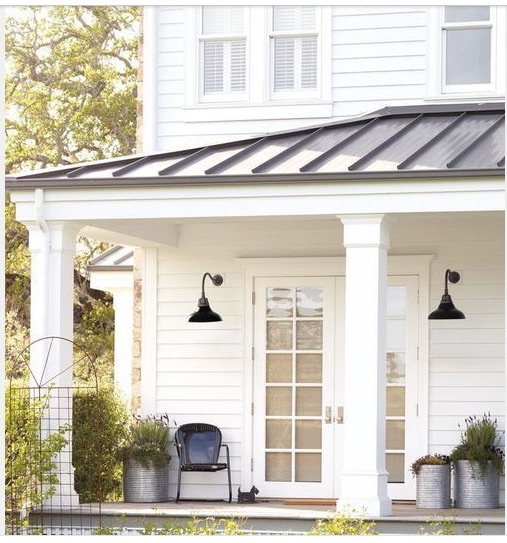 Farmhouse porches the honeycomb home for Farmhouse front porch pictures
