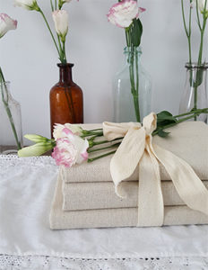 diy-fabric-covered-books