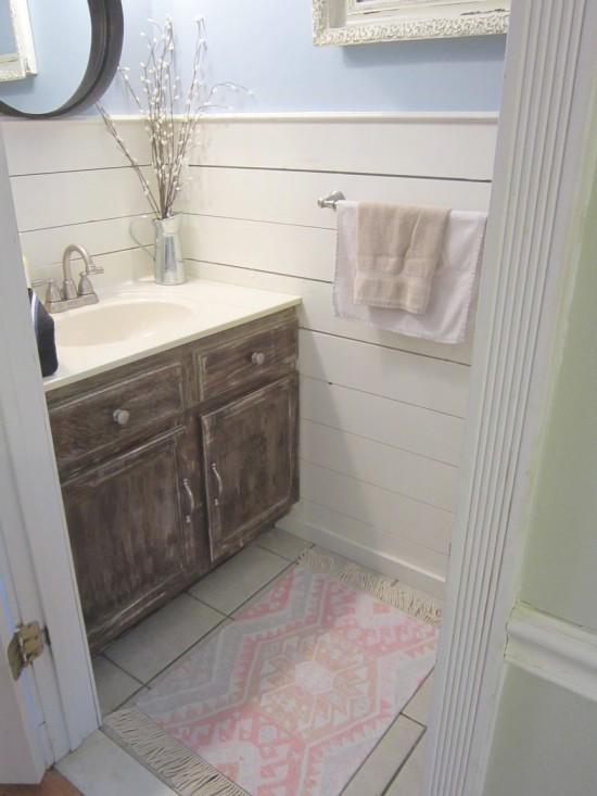 Kilim rug in bathroom