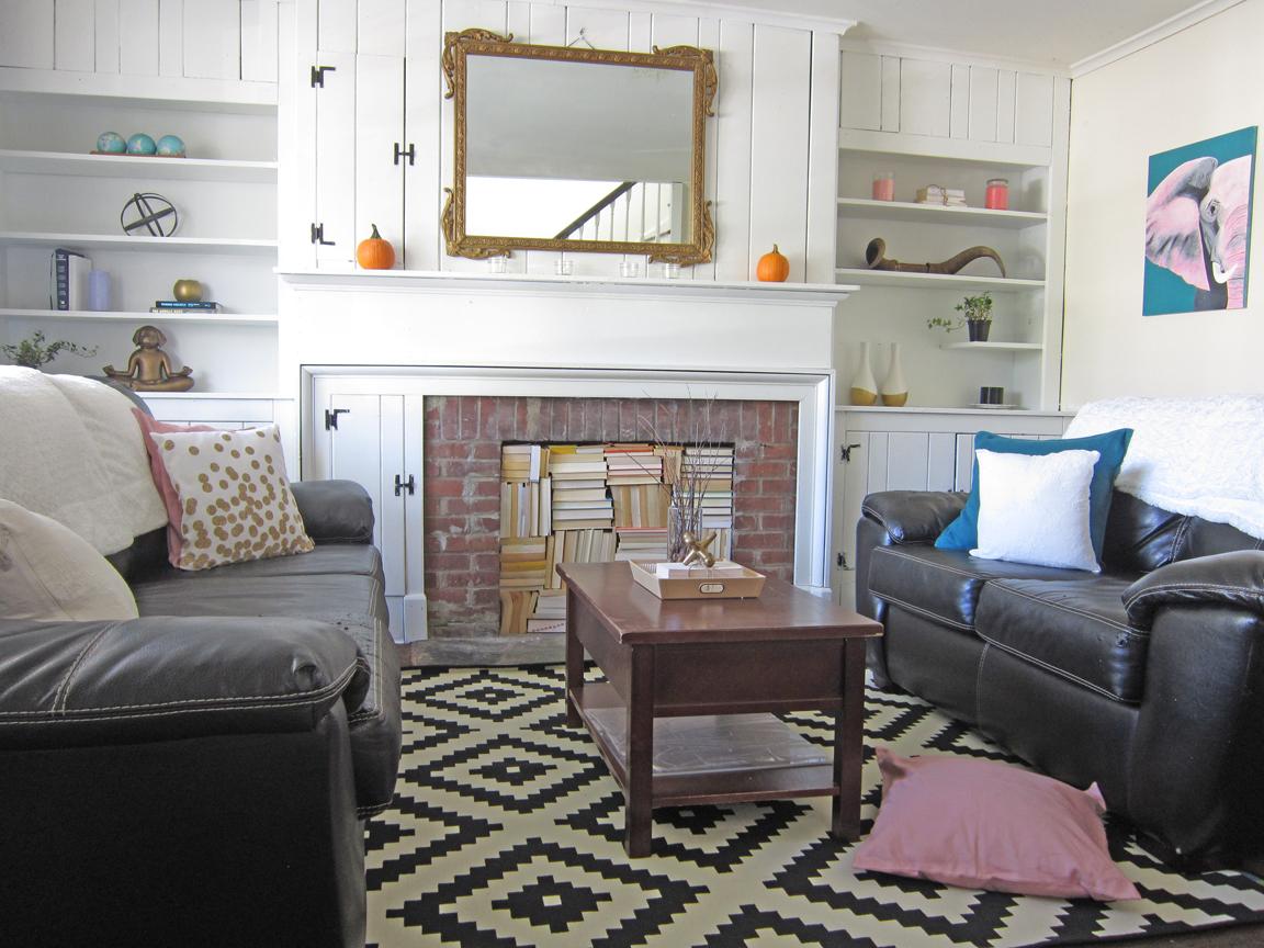 Living room makeover theHoneycombHome.com