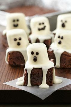 ghost brownies Halloween treats