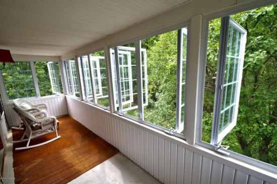 second story porch