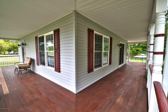 farmhouse wraparound porch