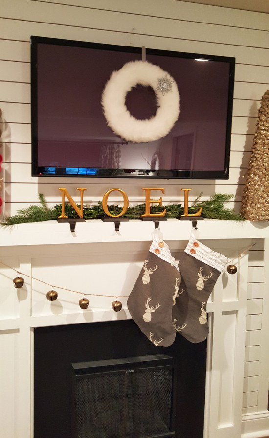 Christmas Wreath the Honeycomb Home