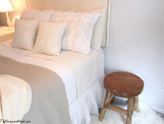neutral bedding set
