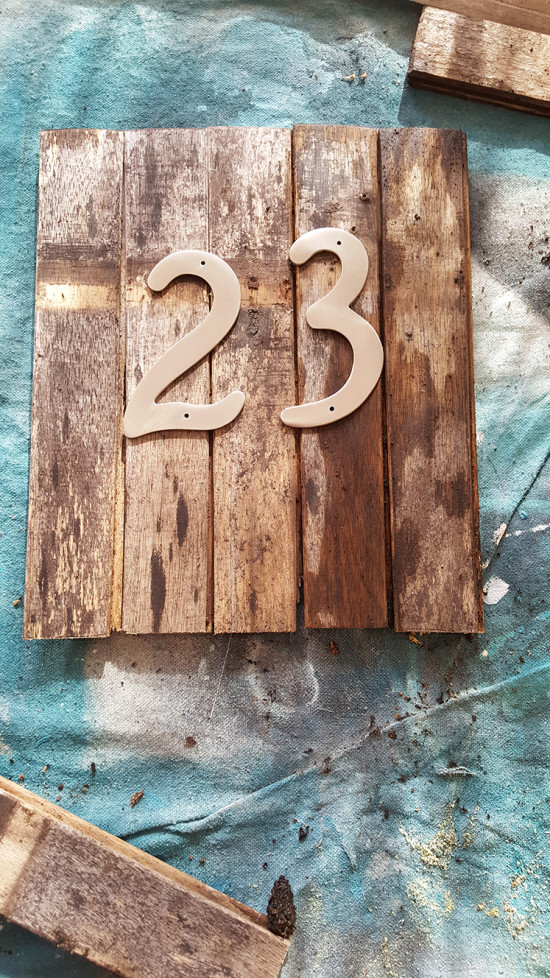How to make a house number sign with upcycled wood