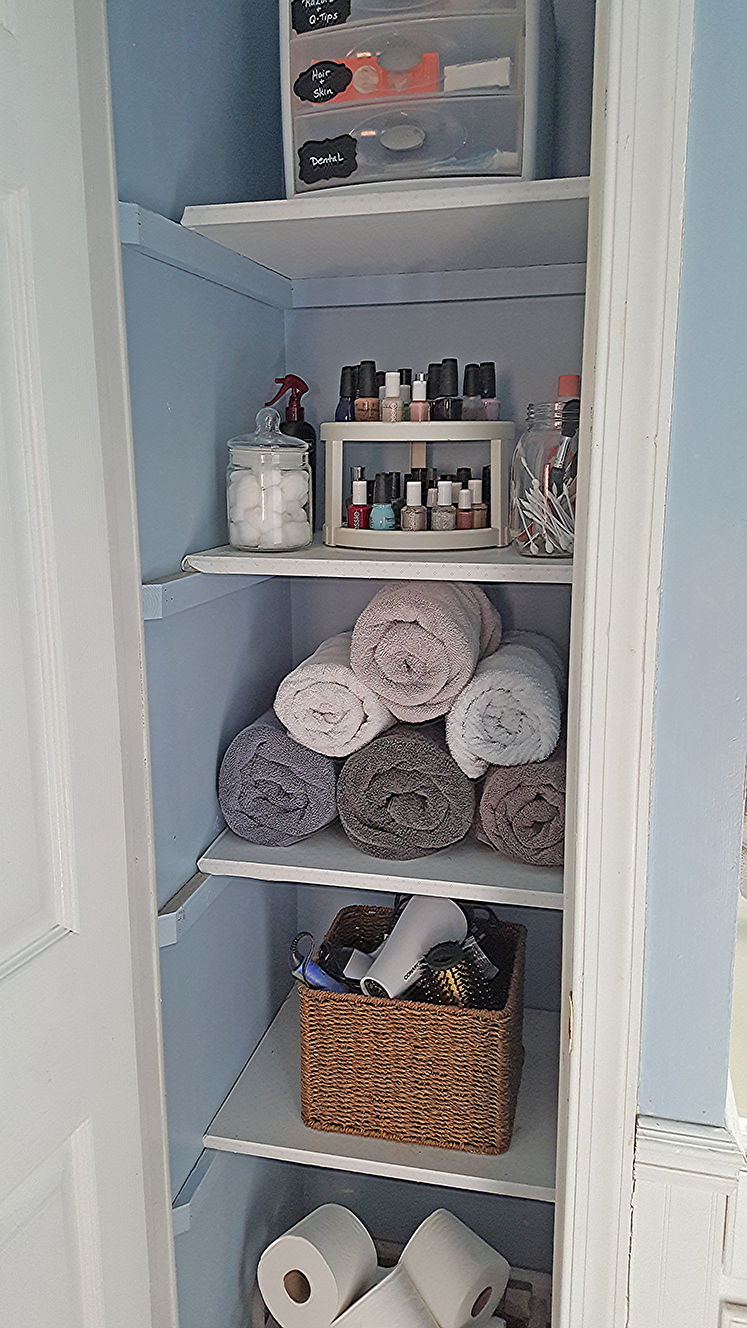 Organized Linen Closet The Honeycomb Home