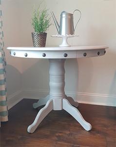 Pedestal Table Makeover