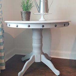 Pedestal Table Makeover