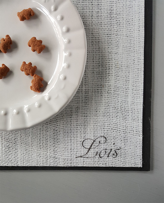 Personalized Pet Food Mat DIY