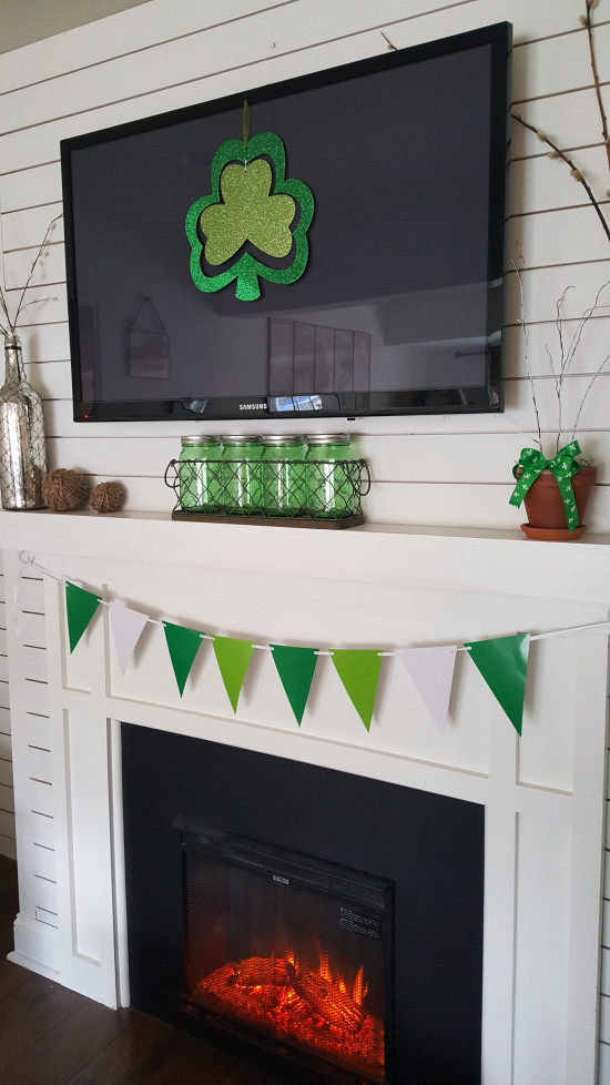 St Patrick's Day Mantel Ideas