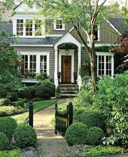 curb appeal ideas-curved path to front door