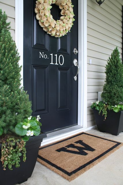 House number on front door, curb appeal tips