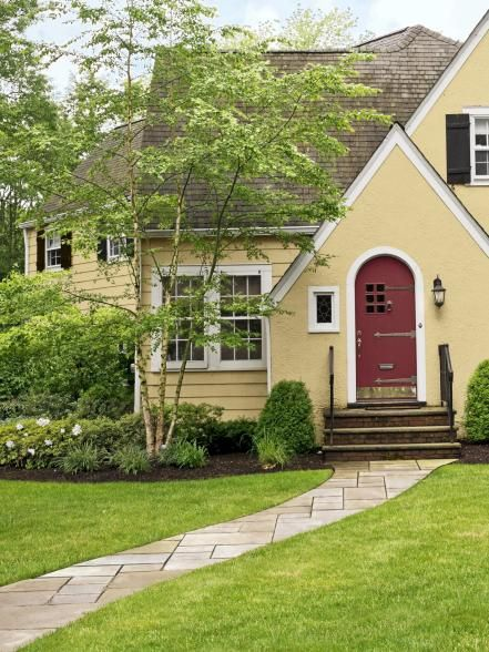 curb appeal ideas-paver pathway to front door