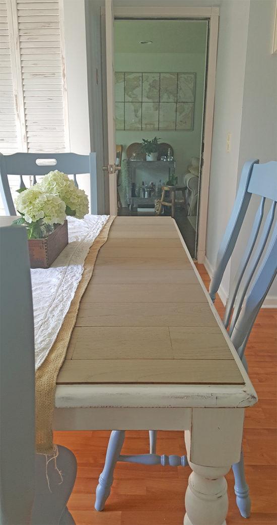 DIY Farmhouse table the Honeycomb Home