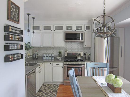 Builder grade kitchen makeover the Honeycomb Home