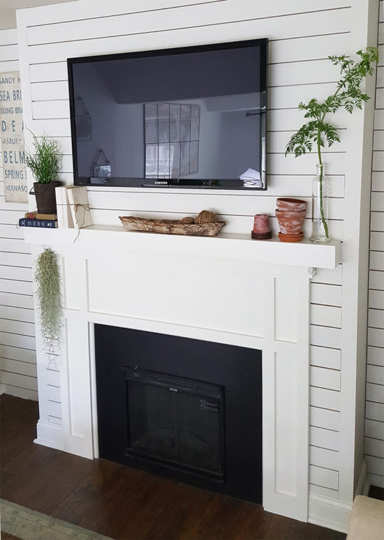 Mantle with plankboard
