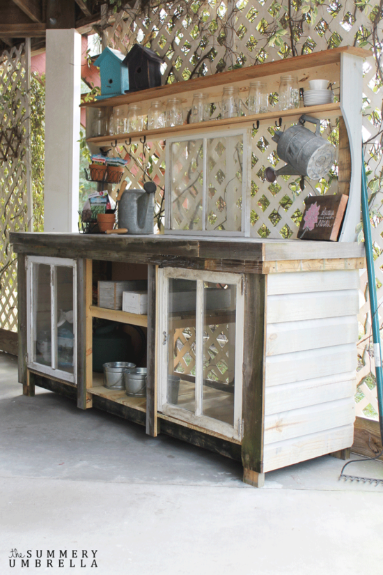 how-to-build-a-potting-bench-the summery umbrella