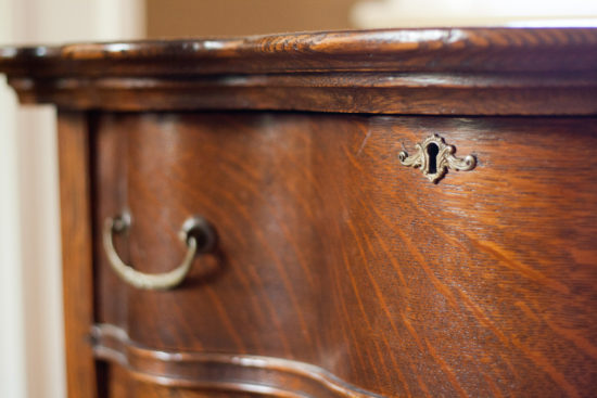 vintage dresser keyhole - 10 Tips for picking an item to upcycle