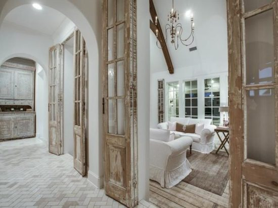 Farmhouse doors, herringbone floor