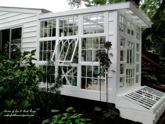 repurposed-windows-greenhouse-diy-gardening-home-improvement