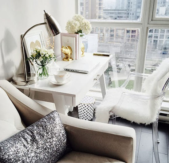 small but beautiful desk space