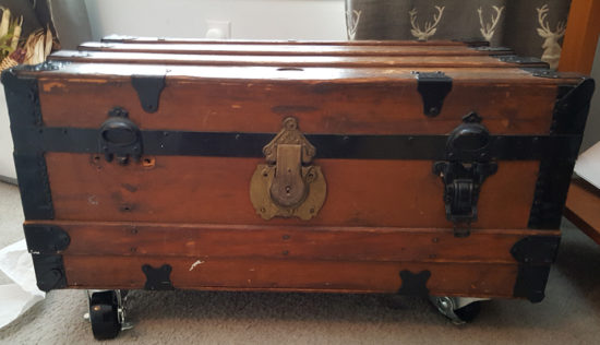 steamer trunk before restoring