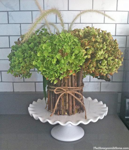 dried-hydrangeas-rustic-vase