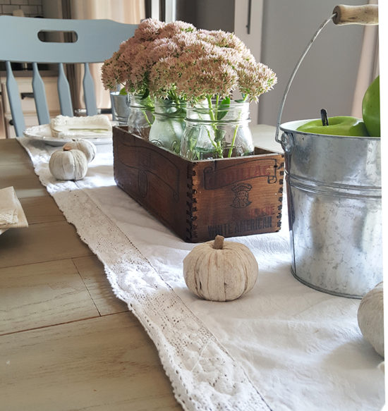 rustic-farmhouse-fall-table-ideas