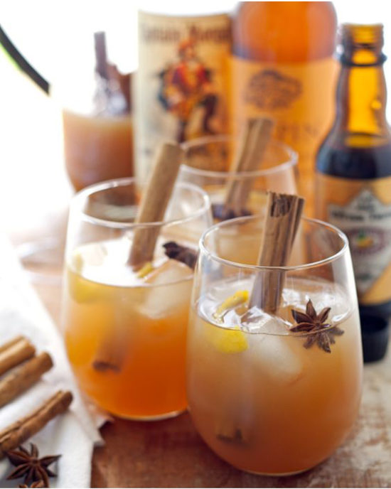 autumn-spiced-cider-rum-cocktail