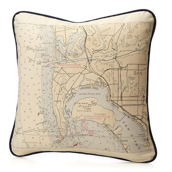 customized-map-pillow