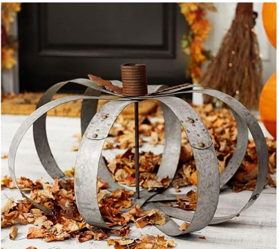 galvanized-metal-pumpkin-decor