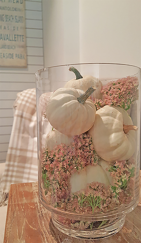 mini-white-pumpkins-fall-decorating-ideas