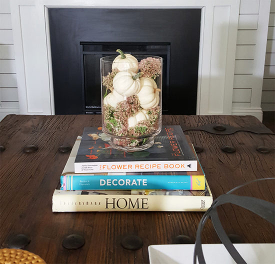 white-pumpkins-coffee-table-styling-fall-decorating-ideas