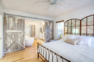 white-rustic-rooms