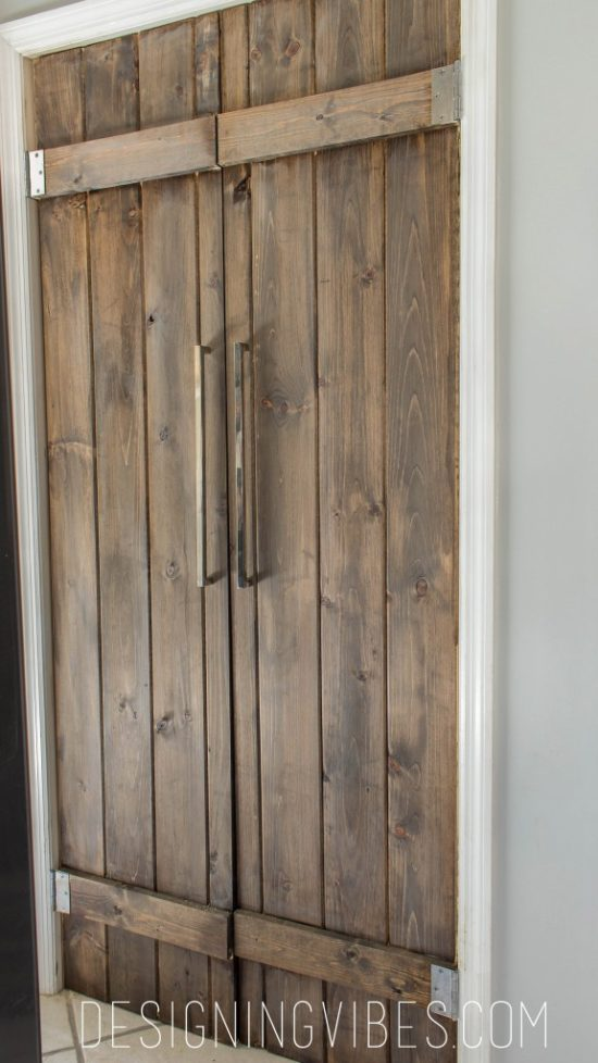 diy-barn-doors-designing-vibes